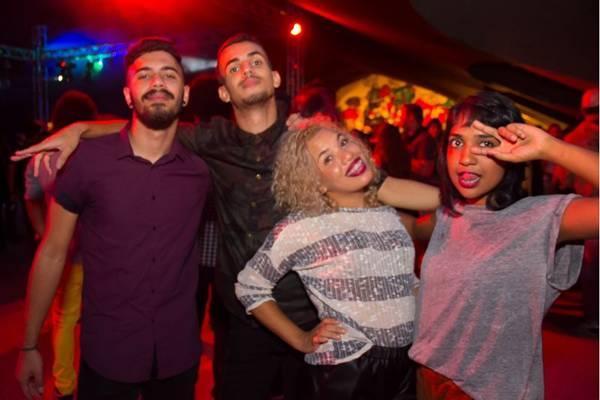 Lorran Dias, Anderson Freitas, Letícia Barbosa e Loise Hanna na festa It It's hot, na Ascade (Romulo Juracy/Esp. CB/D.A Press)