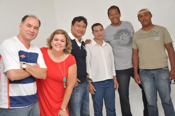 Grupo Japonês no Samba (Fernando Prada/Divulgação)