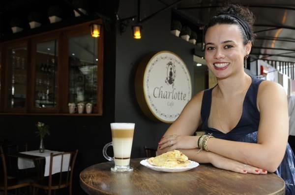 Maria Tereza Moulaz herdou do pai o desejo de trabalhar com torrefação de café  (Bruno Peres/CB/D.A Press)