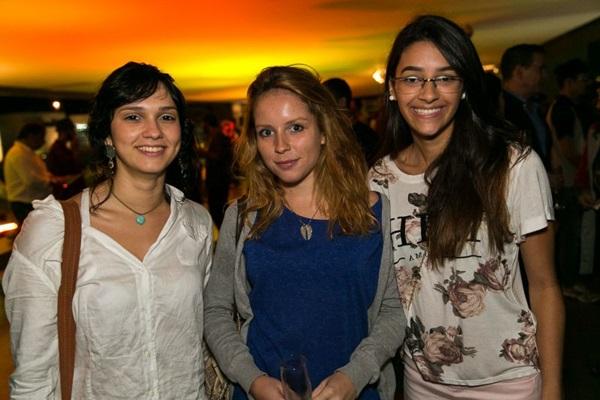 Thayline Adriele, Júlia Zakarewicz e Giovanna Quaranta (Gilberto Evangelista/Divulgação)