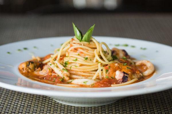 Spaghetti Con Polpette, da DueTratoria e Bruschetteria (Daniel Gomes/Divulgação)