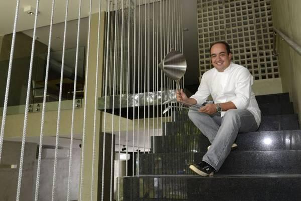 O Chef Marcelo Petrarca, dono do restaurante Bloco C, na 211 sul (Ed Alves/CB/D.A Press)
