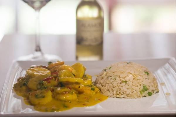 A moquequinha de camarão com banana-da-terra é uma das atrações do Rio Bistrô e Lounge  ( Divulgação/Restaurant Week)