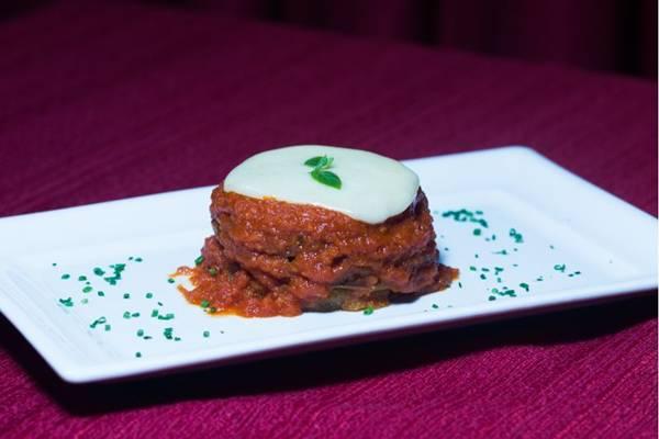 Berinjelas gratinadas são uma ótima opção para começar a refeição no Paradiso ( Divulgação/Restaurant Week)