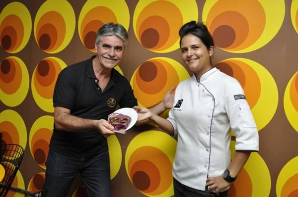 Ricardo Sechis e Renata Carvalho: agora parceiros nos melhores cortes do gado bovino  (André Violatti/Esp. CB/D.A Press)