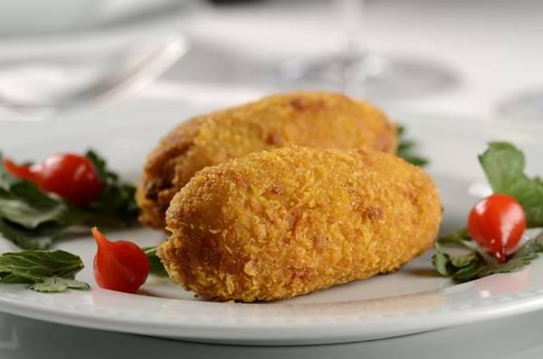 Acarajé de bacalhau é destaque no restaurante Dalí Camões (Wellington Nemeth/Divulgação)