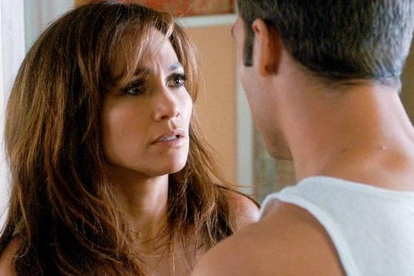 Jennifer Lopez volta às telas de cinema em O garoto da casa ao lado  (Universal/Divulgação)