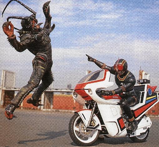Seriado investia nas lutas entre o herói e os monstros  (Toei Company/Reprodução)