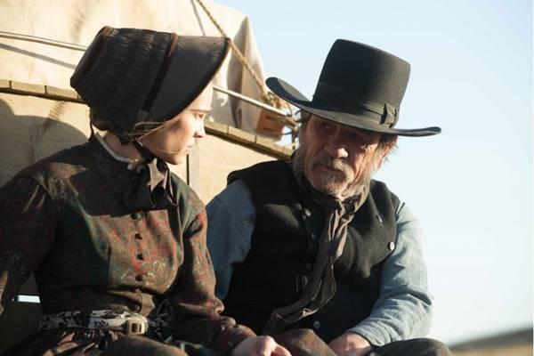 Longa faz boas referências a clássicos do faroeste, como Rastros de ódio  (California Filmes/Divulgação)