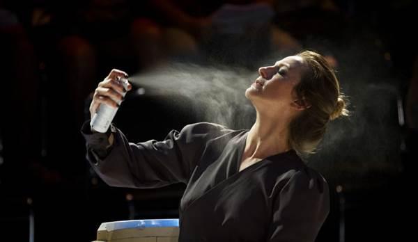 Elenco homogêneo é destaque em montagem da cia. Hiato em cartaz no teatro da Caixa (Otávio Dantas/CB/D.A Press)