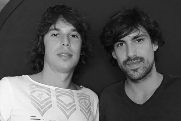 Chemical Surf, formado pelos irmãos Hugo e Gabriel Sanchez (Reprodução/Facebook)
