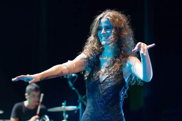 Além de cantar, Ana Cañas recitará poemas em show no Terraço  (Marcos Hermes/Divulgação)