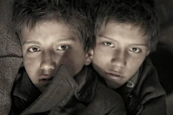 Irmãos gêmeos descobrem mais sobre a Guerra ao serem maltratados pela avó  (Europa Filmes/Divulgação)
