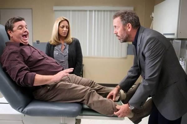 O humor ácido e irônico dá o tom da série House, exibida na Universal Channel (Universal Channel/Divulgação)