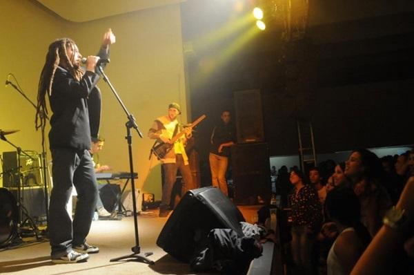 Banda brasiliense Jah Live é uma das atrações (Luis Xavier de França/Esp. CB/D.A Press)