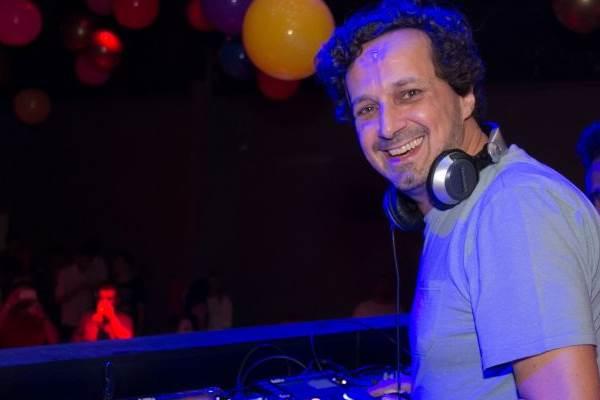 DJ Miro Rizzo é uma das atrações (Romulo Juracy/Esp. CB/D.A Press)