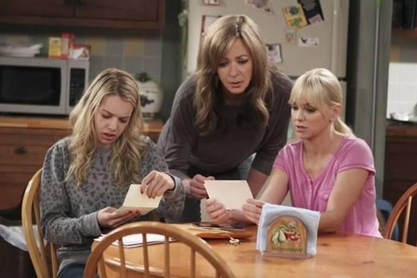 Em Mom, a temática materna ronda as três personagens Violet, Bonnie e Christy com muito humor (Warner/Divulgação)