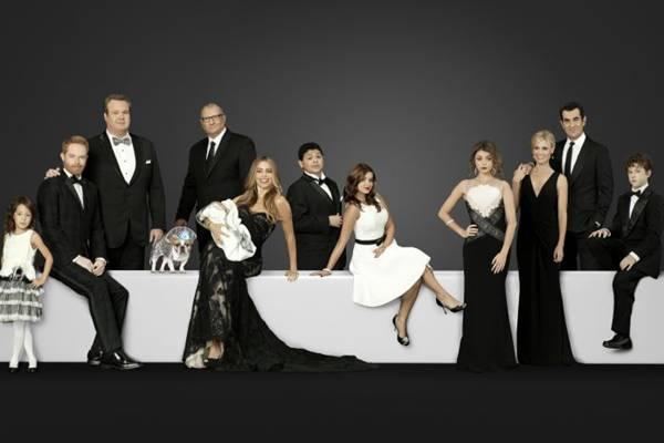 Na mais recente temporada de Modern family, Gloria (Sofia Vergara) se torna mãe novamente ( Fox/Divulgação)