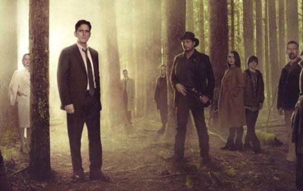 No seriado, o policial Ethan Burke (E ) busca encontrar colegas desaparecidos (Fox/Divulgação)