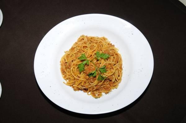Tradicional espaguete à bolonhesa, servido na Trattoria 101  (Carlos Moura/CB/D.A Press)