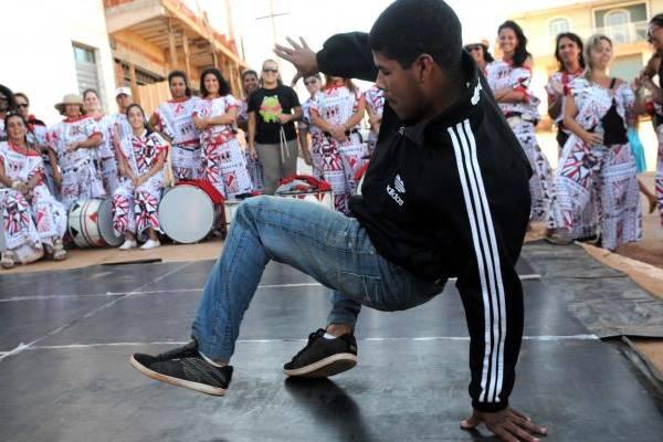 A influência da dança americana é bem evidente na street dance (Zuleika de Souza/CB/D.A Press)