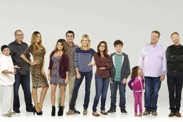 Clima de romance e humor dá o tom de Modern Family (Fox Life/Divulgação)