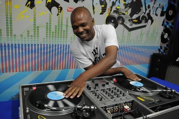 DJ Chocolaty  (Adauto Cruz/CB/D.A Press)