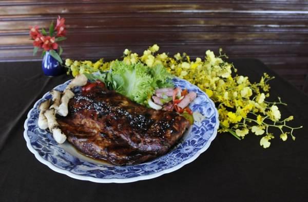 Fim de semana é dia de joelho de porco e costelinha no Yusu-an (Carlos Moura/CB/D.A Press)