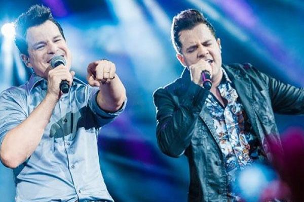 A dupla João Neto & Frederico comandará o Arraiá da Villa, na Villa Mix (Mauricio Santana/Divulgação)