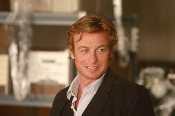 Em The mentalist, o protagonista Patrick Jane (Simon Baker) utiliza um talento especial para resolver os casos (CBS/Divulgao)