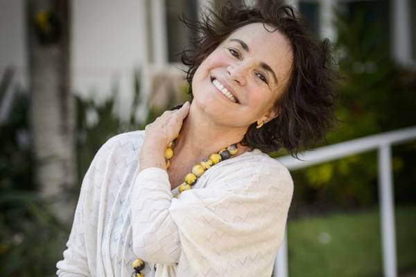 Regina Duarte pode ser vista atualmente como Esther na novela Sete Vidas (Globo/Alex Carvalho)