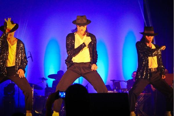 O Rei do Pop será lembrado em músicas e coreografias