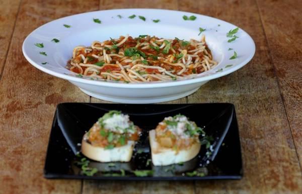 Entrada e prato principal são combinados no menu executivo da Trattoria Mediterrâneo (Carlos Moura/CB/D.A Press)