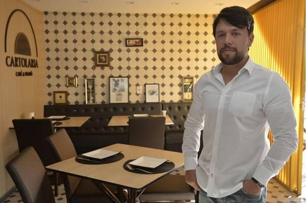 Thales Cipriano indica a cerveja wit bier para acompanhar do prato Zicartola  (Marcelo Ferreira/CB/D.A Press)