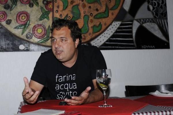 Gil Guimarães aposta na comida de rua com qualidade como alternativa para fugir da crise  (Carlos Moura/CB/D.A Press)