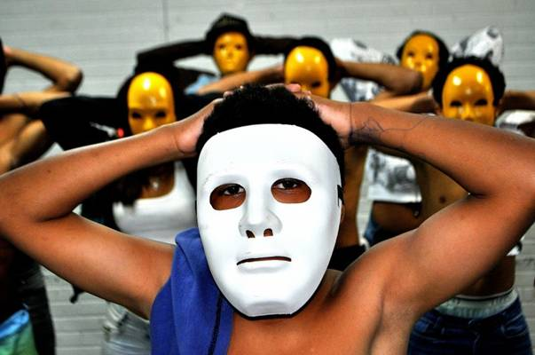 Ex-moradores de rua integram o espetáculo de forte apelo social ( Diego Ponce de Leon/CB/D.A Press)