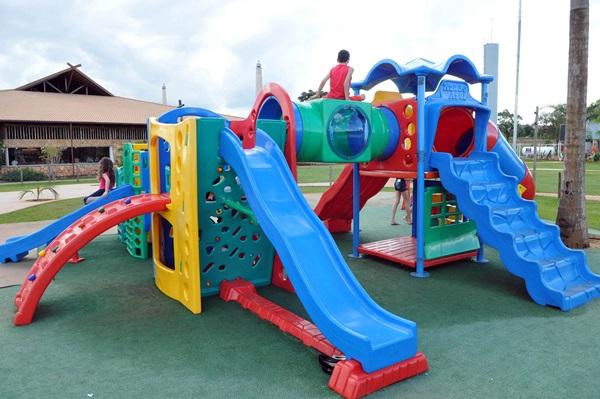Área externa do restaurante Mangai, com playground para as crianças (Gustavo Moreno/CB/D.A Press)