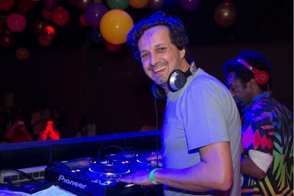 DJ residentes Miro Rizzo (Romulo Juracy/Esp. CB/D.A Press )