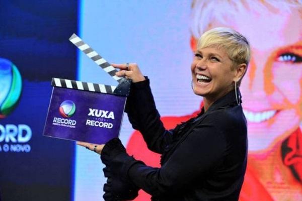 Pela primeira vez, Xuxa comanda uma atração ao vivo (Divulgaçao Record)