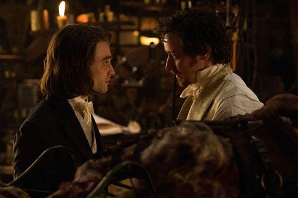James McAvoy e Daniel Radcliffe em cena de 'Victor Frankenstein' (Victor Frankenstein/Divulgação)