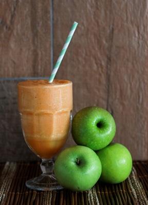 Smoothie energético de Maçã, cenoura, abacaxi e gengibre da Morada do Suco (Ana Rayssa/Esp. CB/D.A Press)