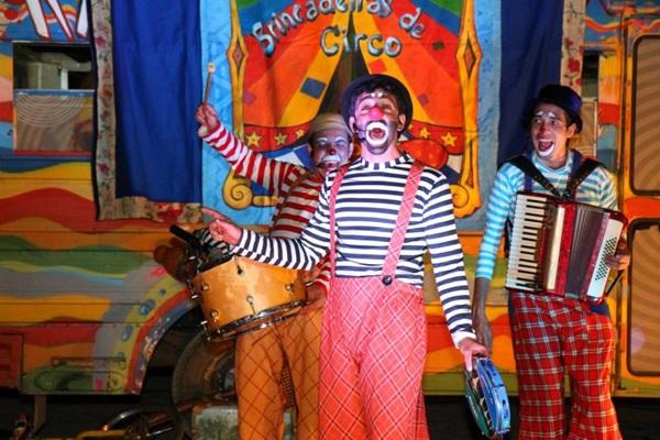 O Circo Teatro Artetude é uma das atrações do festival que vai movimentar a cidade  (Marcelo Dishinger/Divulgação)