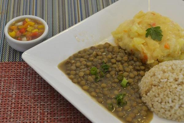 O arroz-cateto integral é rico em vitaminas e nutrientes  (Marcelo Ferreira/CB/D.A Press)