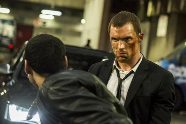 Frank Martin envolve-se em crimes para resgatar o pai de um sequestro (California Filmes/Divulgação)