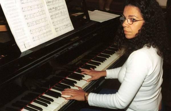 Maria Teresa Madeira abre segunda semana do projeto com peças de Mozart e Altamiro Carrilho (Carlos Vieira/CB/D.A Press)