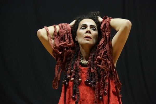 Tema mais do que atual, o empoderamento feminino traz Medeia aos dias de hoje (Vassiliev/Divulgação)