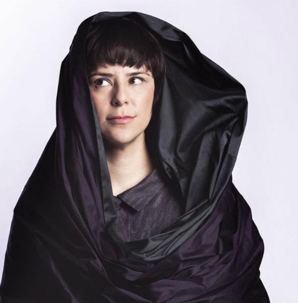 Fernanda Takai apresenta em Brasília primeiro disco solo autoral, 'Na medida do impossível' (Bruno Sena/Divulgação )