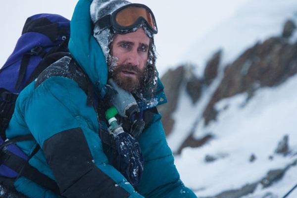 O diretor islandês retrata destinos de um grupo que pretendia escalar a montanha a 8.848m de altitude ( Reprodução)