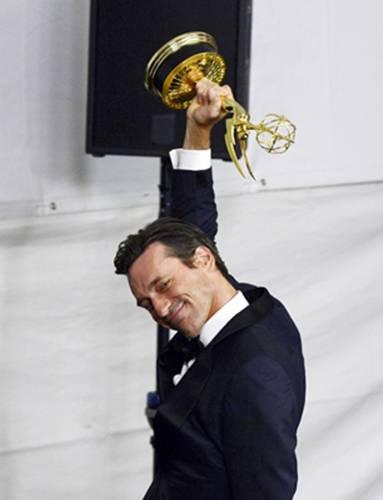 Mad Men o fez famoso, mas foi o bom humor do ator que o tornou uma das celebridades mais queridas dos EUA (KEVORK DJANSEZIAN)