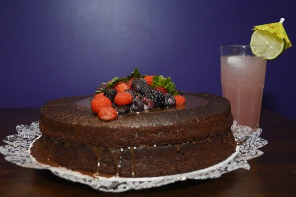 Bolo de chocolate do Fica, vai ter bolo, na 213 Norte (Andre Violatti/Esp. CB/D.A Press)